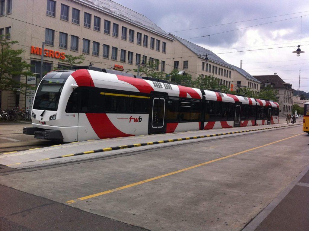 Frauenfeld Wil Bahn Zebr Triebzug Bahnhofplatz Frauenfeld